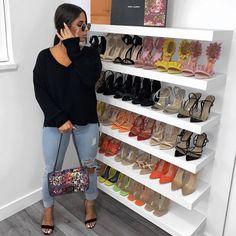 Bedroom Closet Design, Master Bedroom Closet, Closet Designs, Closet Renovation, Closet Remodel, Boutique Interior, Glam Closet, Closet Shoe Storage, Apartment Closet Organization