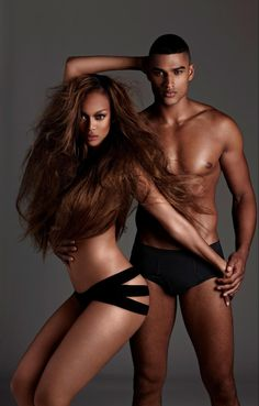 Tyra Banks and Rob Evans . America's Next Top Model, Cycle 19: College Edition >   Photo Shoot 2: Black and White Nude in a Garden with Rob Evans [HQ]