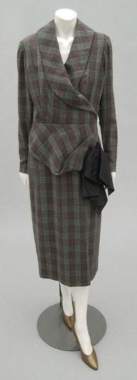 Dress    Jacques Fath, 1952    The Philadelphia Museum of Art