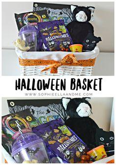 Diy Halloween Gifts, Halloween Gift Baskets, Spooky Halloween Costumes, First Halloween, Halloween Boo, Halloween Cards, Halloween Treats, Halloween Desserts, Halloween 2020