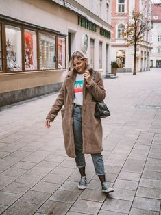 Teddy Mantel kombinieren, Teddy Coat kombinieren, Converse kombinieren, Mom Jeans kombinieren, Streetstyle, Winterlook, Winteroutfit Winter Looks, Holiday Fashion, Mantel, Fox, Converse, Hipster, Fashion Bloggers, Outfits, Outfit Ideas