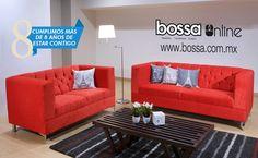 ¡Es el complemento perfecto para tu hogar! Clarissa es la sala que está tapizada en su intenso y moderno color rojo.
