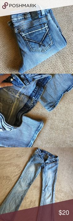 Vanity Jeans Light ish washed Vanity jeans. I know they've been washed a few times but I'm not even sure they've ever even been worn. Still in good shape. 26x33 Vanity Jeans