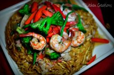 Pan Fried Wanton Noodle with Shrimp and Veggie Medley