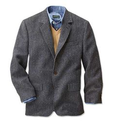 Stay warm throughout the season in this highland tweed sport coat. Mens Casual Sport Coat, Grey Sport Coat, Tweed Sport Coat, Smart Casual Men, Sports Coat And Jeans, Sports Jacket, Tweed Men, Tweed Blazer Men, Blazer Outfits Men