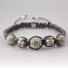 Hill tribe sterling silver beads and crystal beads Shamballa style bracelet.  Bracelet macramé style Shamballa, perles Thaï Karen en argent, perles pavées de cristal.