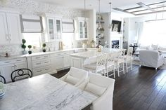 Hello, #Kitcheninspo!!! I can't help... this #kitchen really takes my breath away! Isn't it perfect? One of my favorites ever featured on the #blog. See more of Melody's #kitchen, from @myhouseoffour on Home Bunch. #kitchens #whitekitchen #flooring #kitchenideas #goals #kitchengoals #kitchendesign #kitchenisland #marble #quartz #mydomaine #houzz #interiors #interiordesign #paintcolor #Backsplah #inspo