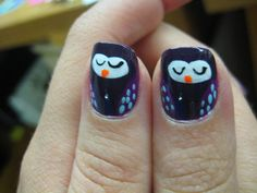 To get this stunning, shimmery manicure, start by applying a black polish with orange glitter as a base. Next, apply a sheer, golden glitter polish over it, and finish with a glistening silver polish on the tips. Source: Flickr user Cacauate : Whooo (sorry) says owls have to be creepy? Not this polisher. For this look, start by painting nails a rich purple shade. Using nail art brushes, create an outline of the owl's body and fill in with black p…
