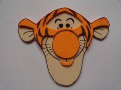 13fced2c50a Figuras Winnie Pooh Y Sus Amigos En Goma Eva P brochette