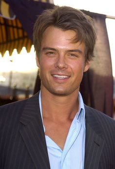 45 Really, Ridiculously Good-Looking Pictures of Josh Duhamel