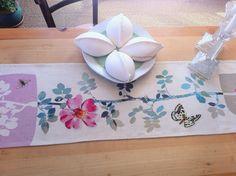 chemin de table Rosa col été 2014 design Claudine VerdoT pour Bontemps http://www.bontemps-textile.com