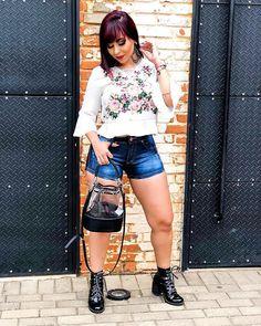 Blusinha Estampada @disaoficial ❣️Vendas e informações (062) 99971-9923 ou DIRECT 📍Enviamos para todo Brasil (ATACADO) 🔺Varejo somente na loja física ❣️Shopping 44 Loja 204 #atacadao44 #shopping44 #makeup #tshirts #blogueira #crentechic #moda #modagoiana #estilosa #modaexecutiva #blusasdelicadas #atacado #luxo #modadelicada #44goiania #tendencia #ObrigadoDeus #omelhorda44 #modafashion #goiania #VemPraDisa #goiania #frases #modaparameninas #lookdodia #cropped #disalovers #delicadas Fast Fashion, Moda Fashion, Trends, Style, Atelier