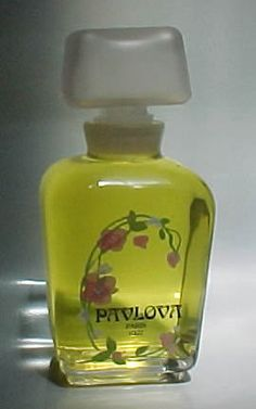 Pavlova Paris 1922 Factice Display PERFUME BOTTLE