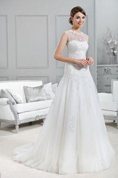 Brautkleid aus der Agnes by Mode de Pol Kollektion 2015 :: bridal dress with illusion neckline from the 2015 Agnes collection by Mode de Pol.