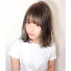 リラックスした中に【自然体】で【普遍的】な可愛さがあるはず 質感にこだわれば崩れても可愛いよ * * * #fevhair#fev_ryo#hair#hairstyle#haircolor#makeup#street#fashion#japan#girl#福岡美容室#天神美容室#大名美容室#ヘアカラー#ヘアスタイル#ファッション#ハイライトカラー#グラデーションカラー#サロモ#サロンモデル#ロブ#おフェロ