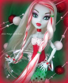 Monster High OOAK - Peppermint Mist Mermaid - A custom Frankie Stein Custom Monster High Dolls, Monster Dolls, Monster High Repaint, Custom Dolls, Ever After Dolls, Monster High Birthday, Love Monster, Doll Painting, Ooak Dolls