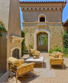 tuscan….I love this stone color!!
