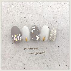 春/夏/梅雨/ハンド/ホログラム - Liangenailのネイルデザイン[No.4365217] ネイルブック Asian Nails, Mary Janes, Chic Nails, Cool Nail Art, Winter Nails, Nail Art Designs, Book Art, Manicure, Finger