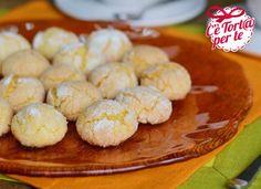Ecco dei #biscotti marocchini perfetti per i momenti di dolce relax: Ghoriba!  Potete personalizzare li biscotti con farina di cocco, cacao o aggiungendo mandorle o nocciole!  Clicca e scopri la ricetta..