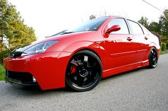 "I loved the custom 19"" @bonspeedwheels on our 2003 #Ford Focus ZTS"