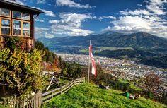 Vom Rauschbrunnen aus erblickt man die ganze Stadt. Innsbruck, Kaiser Franz, All Pictures, Austria, Wanderlust, Mountains, Fall, Nature, Pictures