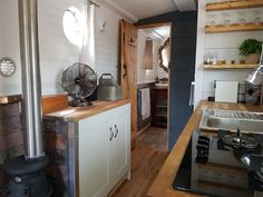 The Boutique Narrowboat – Lesley Ann Sleeps 2 This canal boat is one-of-a-kind. She contains all the modern luxuries you would expect from a boutique holiday escape and is designed with couples in mind. Canal Boat Hire, Canal Boat Interior, Narrowboat Interiors, Boat Decor, Boat Design, Best Interior, Interior Design, Tiny Living, Modern Luxury