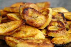 Fried ripe plantains. With white rice, fish and lentils. My favorite!!!