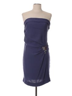 ☆ Little Party Dress ☆ by MODALIST.  Achetez votre robe Sandro d'occasion 36 (S, T1) à 64.45,00 € (-66%) sur MODALIST. Profitez du satisfait ou remboursé et de la livraison 48h !
