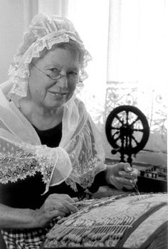 Belgian lace-maker...reminds me of when I was in Belgium