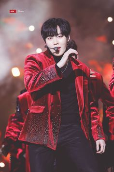 Guan Lin, Kim Jaehwan, Ha Sungwoon, Jinyoung, Rapper, Bae, Two By Two, Leather Jacket, Produce 101