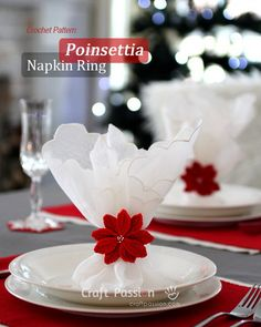 Crochet Poinsettia Napkin Ring.