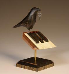 I Love the piano and I Love birds. Awesome piece of art! Raven on 7 Piano Keys: Mark Orr: Wood Sculpture - Artful Home Source D'inspiration, Piano Crafts, Crow Art, Bird Art, Piano Art, Old Pianos, Keys Art, Piano Keys, Music Decor