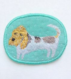"Textile Pet Brooch ""The long dog"" hand embroidery jewelry by MakikoArt #basset…"
