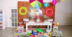 A festa da Maria Eduarda foi tão linda que não cabe tudo em um único post, vou dividir pra vocês poderem se deliciar com cada detalhe!!!  A ...