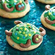 Yertle the Turtle: Turtle Cookies (use rolos for head & pretzel sticks for arms/legs)