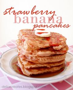 EASY Strawberry Banana Pancakes