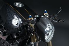 Check this out! I genuinely am into what these folks did with this stylish Cafe Bike, Cafe Racer Bikes, K100 Bmw, Brick Cafe, Shed Builders, First Time Driver, Gsxr 1000, Projector Headlights, Aftermarket Parts