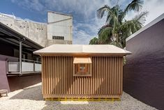 shigeru ban disaster relief shelters