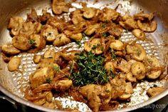 Χοιρινές μπριζόλες με υπέροχη σάλτσα Meat, Chicken, Cooking, Recipes, Food, Kitchen, Recipies, Essen, Meals