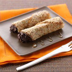 Découvrez la recette Crêpes en cornet à la mousse chocolat sur cuisineactuelle.fr.