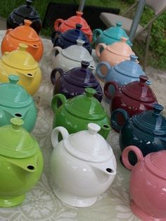 Fiestaware teapots - if cant collect, pin...