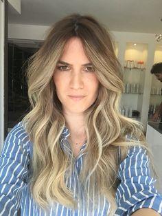 #en  #iyi #ombre #ombreankara  #kadın  #kuaför #kırma #brushlight #bejkumral #bebeksarısı #bebekkumralı #softbeige #sombre #sokakmodası #ankaramoda #ankaraombre #ankaradamoda  #pigmentasyon #bridal #midlength #highlight #gelinsaçı #bilkent #backstagekuafor #çayyolu #parkcaddesi #ümitköy #efsanesaclar #hair