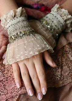 Silvestra wrist wraps with antique lace and by FleursBoheme