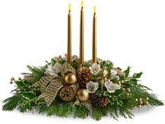Decoração de Natal: arranjo floral com velas douradas | Eu Decoro