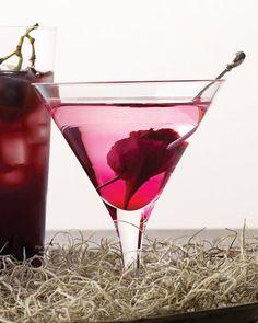 Bleeding Heart Martini recipe for Valentine's Day. Gorgeous.