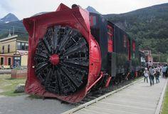 Tren equipado con sistema quitanieves frontal