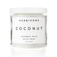 Skin softening organic coconut milk is the basis of this luxurious and indulgent bath soak. Perfect for hydrating and softening skin.