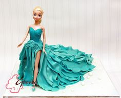 Elsa Barbie   Gloria Cake