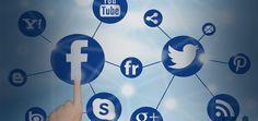 No basta con atraer tráfico a tu fanpage o tener miles de likes. Para monetizar con redes sociales y convertir los 'me gusta' en una venta, tienes que convertir a tus fans en tus amigos, sólo así harás negocios con ellos.En el mundo de la publicidad digital en México, de los 14,936 millones de pesos que se invierten, el 32.6% se destina a social media, seis puntos porcentuales más que durante 2015 y la tendencia va a la alza, indica el estudio de Inversión en Comunicación en Internet…