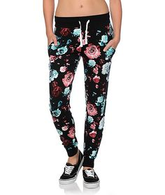 Step out in lush style with these rose print joggers crafted with an ultra lightweight and soft-feel terry construction for all-day comfort.